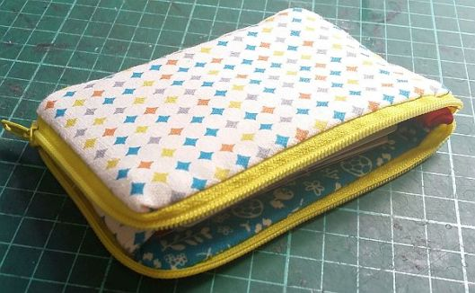 card pouch2