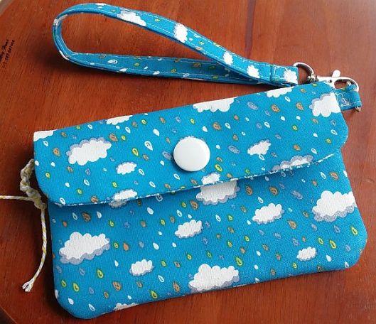 raindrops pouch1